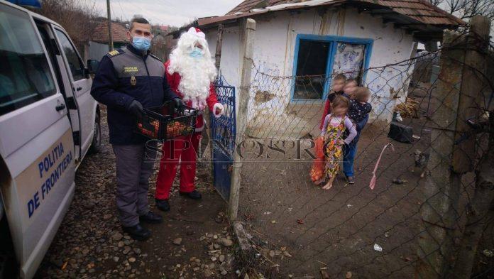 Polițiștii de frontieră vasluieni au oferit bucurie