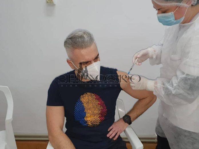 Prefectul județului Vaslui s-a vaccinat împotriva virusului SAR-CoV2