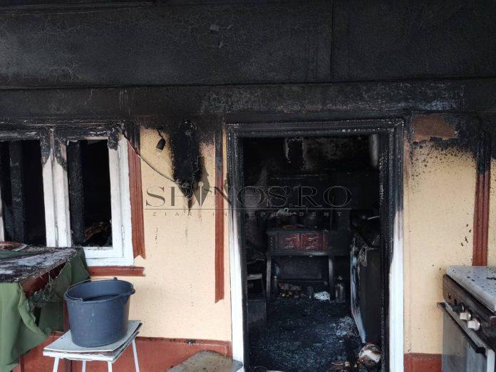 O femeie a fost mistuită de foc