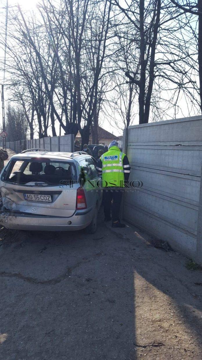 Doi militari bârlădeni au fost accidentați din cauza unui șofer care nu a respectat distanța regulamentară