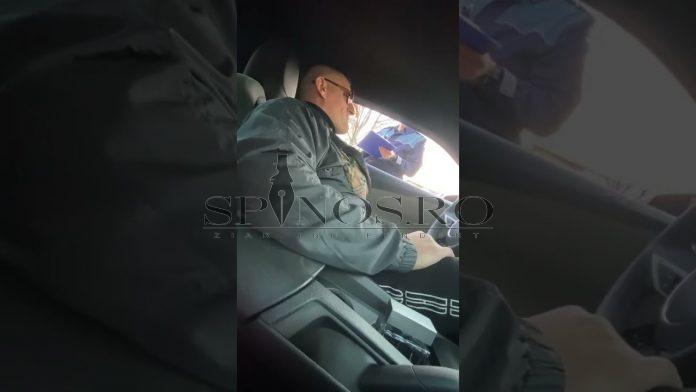 """"""" E prima dată când amendați un șmecher""""- reacția unui interlop vasluian atunci când este amendat de polițist ( Video)"""