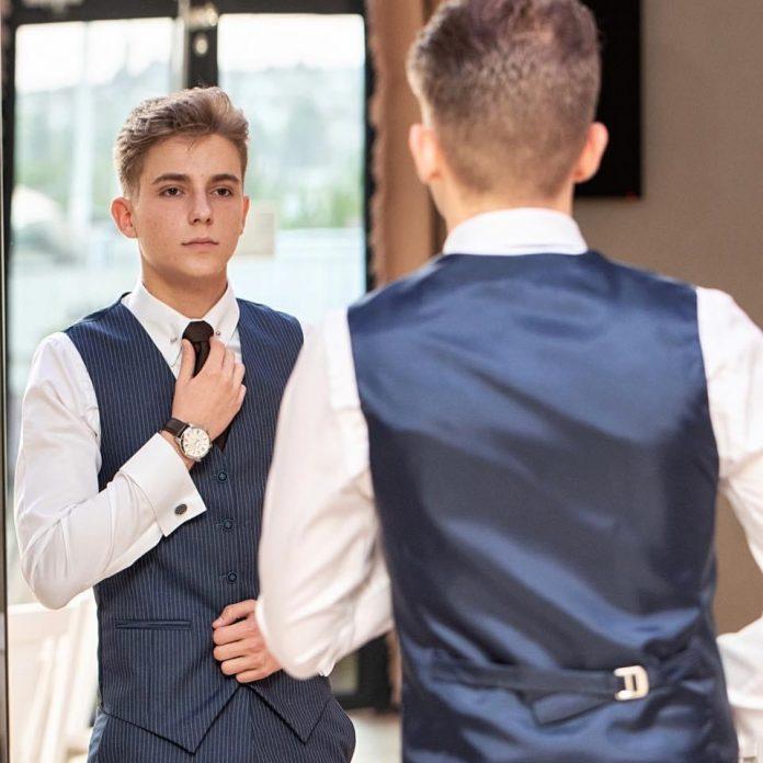 Are șansa să se numere printre cei mai buni 15 tineri întreprinzători. Vasluianul Cosmin Sava are nevoie de votul tău!