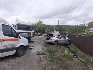 Accident rutier cu victimă încarcerată la Zorleni